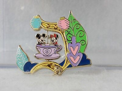 Disney DLR Classic D LE 1000 Pin Mad Tea Party Mickey Minnie Alice in Wonderland