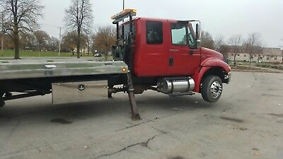 2011 International Jerr-Dan roll back side puller Automatic low miles tow