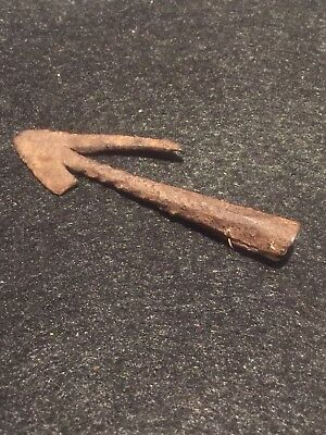 Ancient Roman Artifacts, ARROWHEAD,  Swallow Tail Circa 1st-3rd Century, AD.
