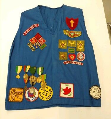 Vintage BSA Boy Scouts Of America Decorated Vest w/ 7 Ribbon Medals & 44 Patches