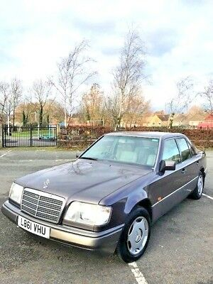 Mercedes E200 Auotomatic  4 Door