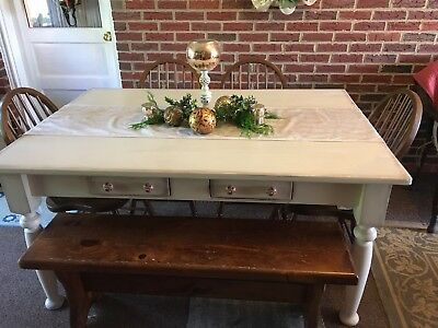 Beautiful Vintage Dining Room Table With Chairs