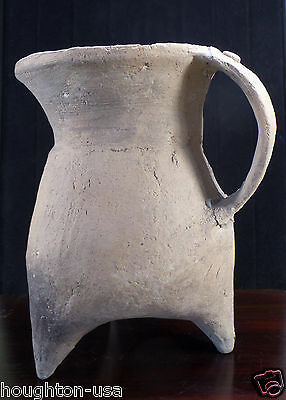 """Ancient Neolithic Chinese Tripod Earthenware Pitcher """"Gui""""  c. 4,000 Years Old!"""
