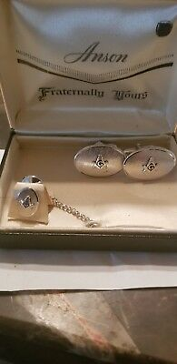 FRATERNAL ORDER OF FREE MASONS Cufflink andTie Tack Set in original box
