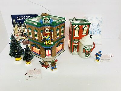 """Department 56 Snow Village """"saturday Morning Downtown"""" Start A Tradition"""