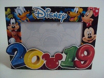 Disney 2019 Photo Picture Frame - Mickey, Minnie Mouse, Goofy, Pluto, Donald