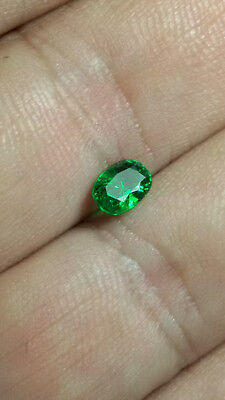 Aaa - Natural Tsavorite Garnet Ct 1.08 - Si - Top Green Oval Cut Origin Tanzania