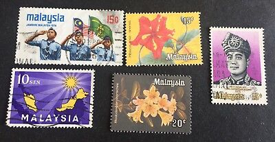 5 nice old used stamps Malaysia