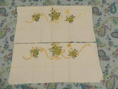 Vintage fancy pair of embroidered pillow cases 18 x 32