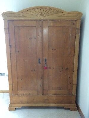 Beautiful French Old Pine Wardrobe / Armoire