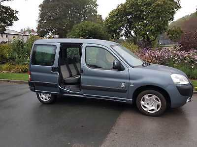 Peugeot Partner Combi Totem - 3 Seats + Wheelchair Or Use As 5 Seater Car
