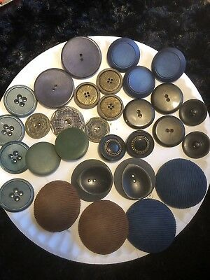 Lot Of Mixed Vintage Antique Large Buttons