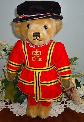 Mohair Merrythought Made In England Beefeater Palace Guard Bear Dressed W/ Tags