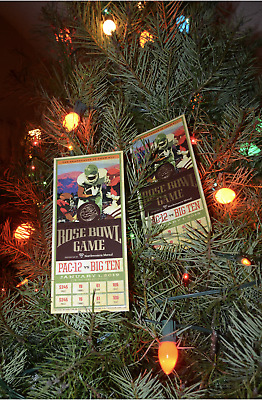 2 great tickets to the Rose Bowl Game Washington Huskies vs Ohio State Buckeyes