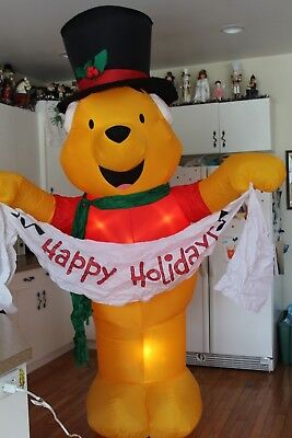 2004 Disney Winnie the Pooh Happy Holidays 8 Foot Tall Airblown Inflatable