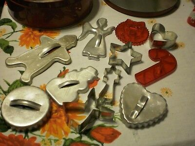 Vintage 1950's Cookie Cutters  in red Tin 11 piece