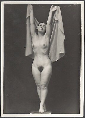 "1930's-1940's original vintage 5"" x 7"" B/W photo of mature nude female"