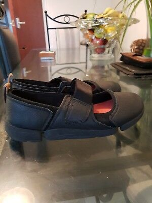 Clark Black Leather Shoes Size 4