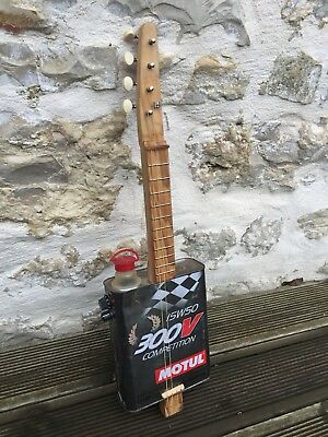 Ukulele Bidon   Cigar Box Guitar