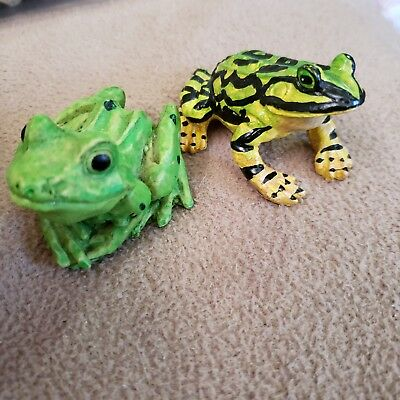 Two Miniture Resin Frog Figurines 2.75 inches long