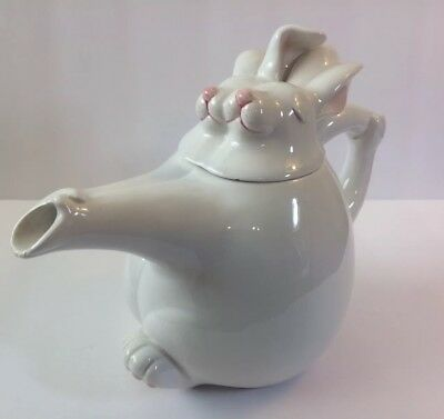Unique Vintage Collectible FITZ & FLOYD  WHITE DANCING BUNNY RABBIT TEAPOT.