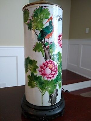 19th Century Chinese Porcelain Lamp - QING DYNASTY