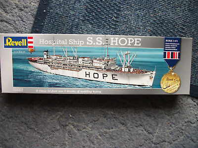 """Revell 00007 Hospitalschiff S.S."""" Hope""""ohne decal 1:471"""