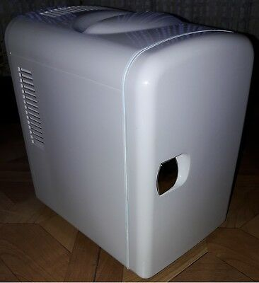Thermoelectric Travel Cooler & Warmer FRIG1R/W