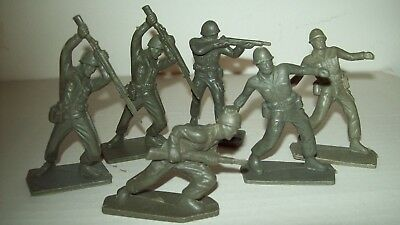 Lot of original, vintage, Werner WW2 American Soldiers playset figures