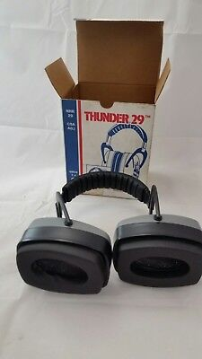 Howard leight ear muffs Thunder 29 NRR 29 sound protection PPE adjustable band