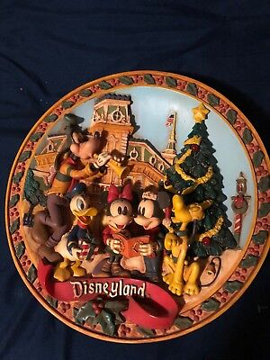 Disneyland Limited Edition Decorative Christmas Plate