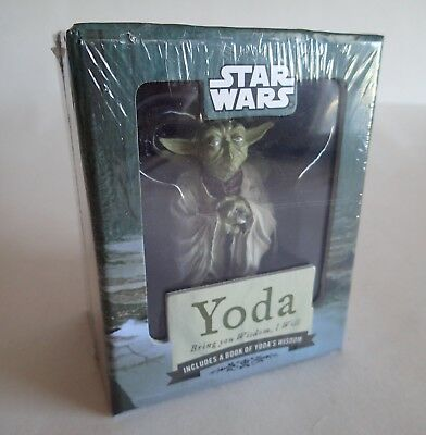 "STAR WARS YODA Bring you Wisdom I Will ~3 ½"" Figure, New in Box, w/ Wisdom Book"