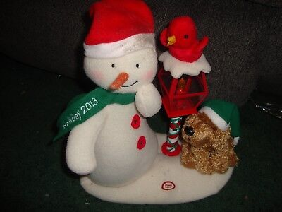 Hallmark Jingle Pals 2013 Merry Carolers Trio Animated Singing Snowman Lamp Post
