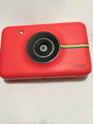 Red Polaroid Snap Instant Digital Camera with ZINK Zero Ink Technology Pre-owned
