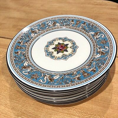 (8) Wedgwood Florentine Bread and Butter Plates