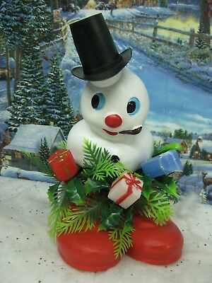 Vintage Frosty the Snowman Plastic Figure in Red Plastic Shoes Table Decoration