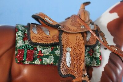 Peter Stone/Breyer models Christmas Holly Cutout Saddle Pad With Presents