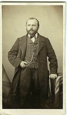 PHOTO CDV Dolard à Lyon vers 1855 vintage albumen un homme pose mode fashion