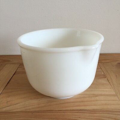 Sunbeam Mix Master Milk Glass Mixing Bowl Cat No. 10-1183 - 7 Inch Diameter