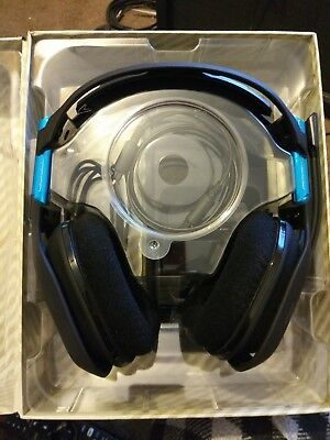 ASTRO A50 Gen 3 Wireless Headset & Base Station PS4.
