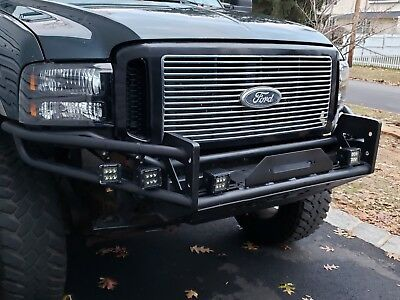 "2001 Ford Excursion 6.8L 8"" BDS LIFTED 2001 FORD EXCURSION 4WD V10 6.8L WITH NO RUST RUNNING 37""TIRES"