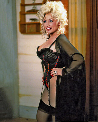 Dolly Parton In Basque  10 X 8   Inch   Photo  . Lovely  Image A