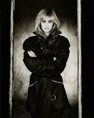 Susan George In Coat 10 X 8   Inch   Photo  . Lovely  Image A
