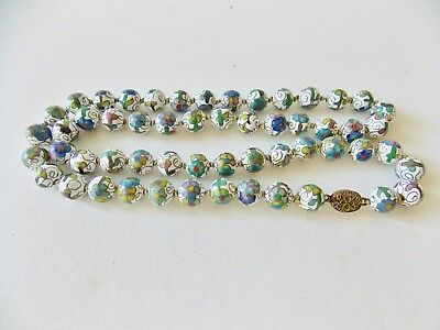Fine Vintage Antique Chinese Cloisonne Necklace White Multi Color Flowers Nice