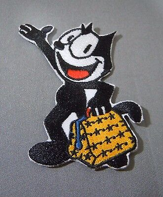 "Felix the Cat w/Bag of Tricks Embroidered Iron-On Patch - 3"" -"