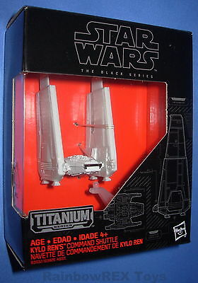 03 NEW STAR Wars Nero Serie Titanium DIE CAST kylo REN/'S COMANDO Shuttle NO