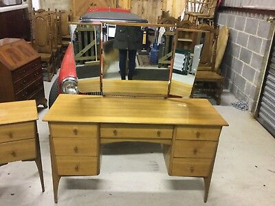 Vintage 1950's/1960's Walnut Dressing Table