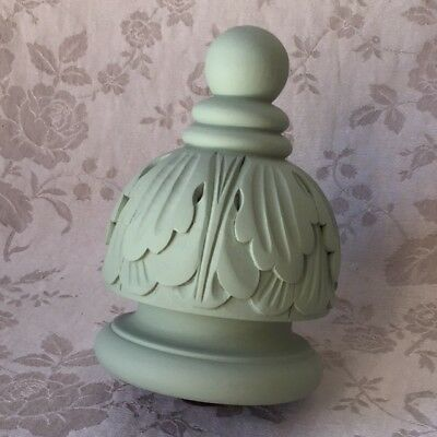 ARCHITECT. SALVAGE Painted WOODEN CARVED Antique French FINIAL Chalk Matte Green
