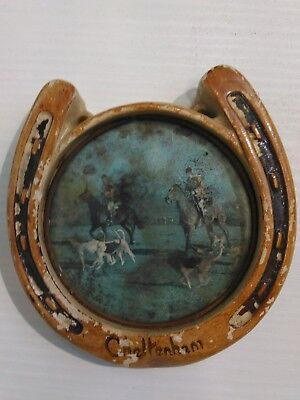 Antique miniature Cheltenham porcelain horseshoe 10,5x11 cm