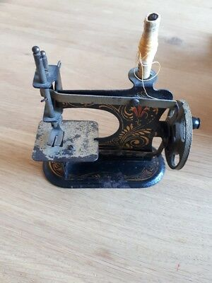 Very small antique CASIGE Germany miniature toy metal child's sewing machine
